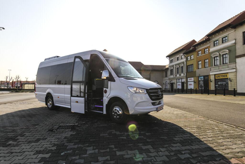 новый пассажирский микроавтобус MERCEDES-BENZ 516  *coc* 5500 kg