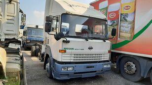 грузовик шасси NISSAN ECO T-160 / 6 x Cylinders Full Spring