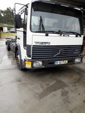 грузовик шасси VOLVO FL6 10