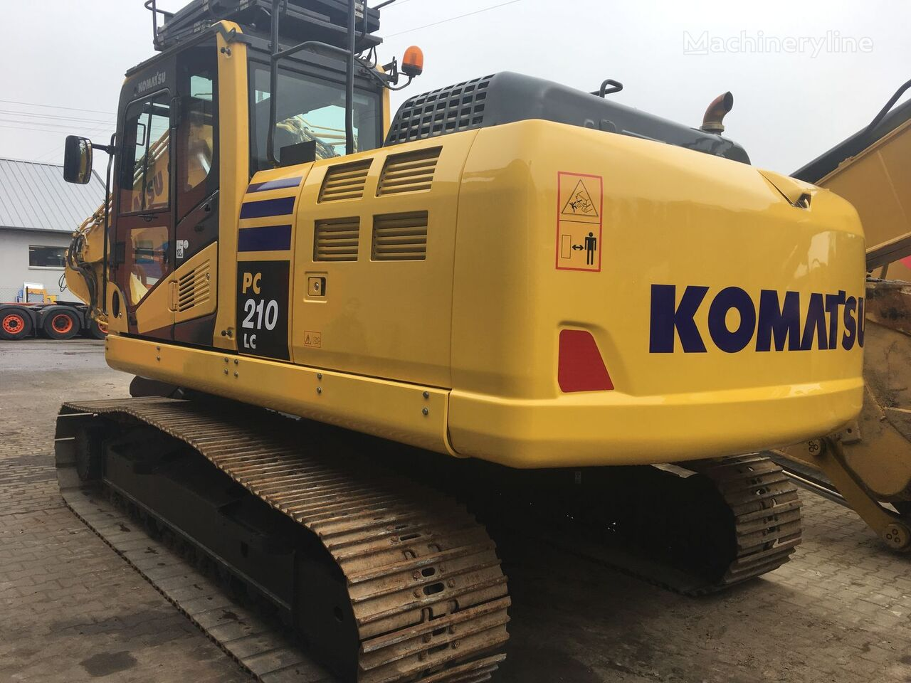гусеничный экскаватор KOMATSU PC210LC-10